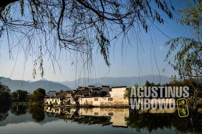 Desa Hongchun yang berada di tengah air (AGUSTINUS WIBOWO)