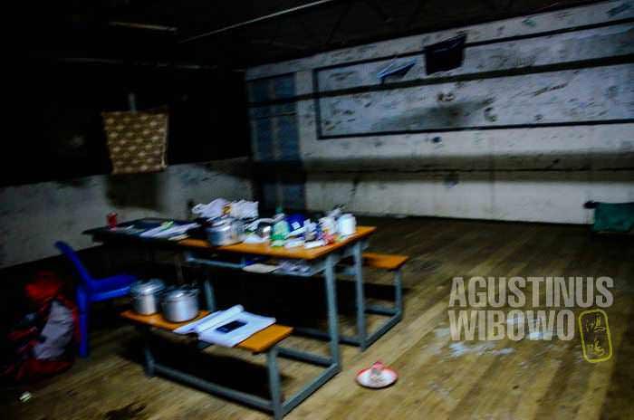 Bekas ruangan kelas yang seperti seting film horor (AGUSTINUS WIBOWO)