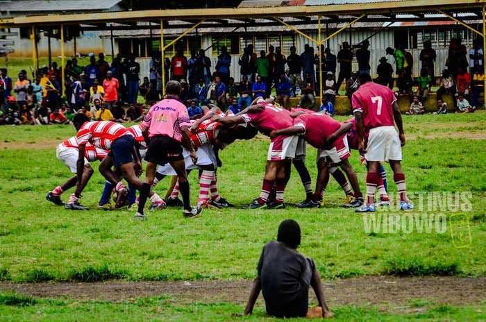 Olahraga favorit di sini juga dibawa oleh orang Australia: rugby (AGUSTINUS WIBOWO)