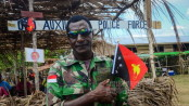 Hansip lokal dengan seragam TNI Indonesia