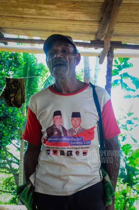 """Kembali dari Indonesia ke kampung halaman, hanya untuk """"lipat tangan dan kaki""""."""