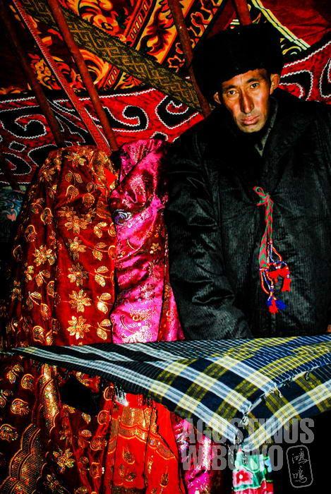 Sepasang pengantin Kirgiz Pamir