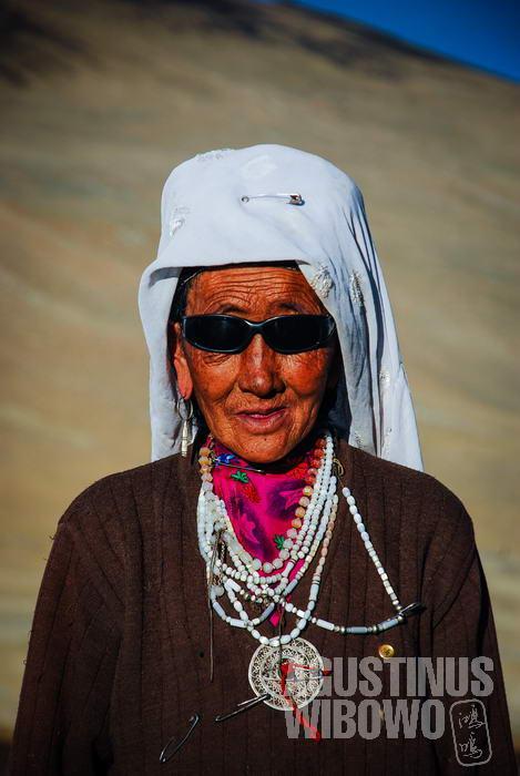 Perempuan Kirgiz hampir tidak pernah melihat dunia luar