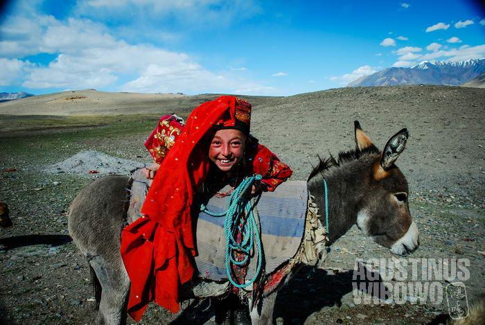 Perjalanan jauh adalah hal yang hampir mustahil bagi perempuan Kirgiz