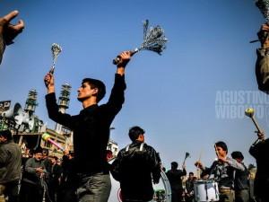 1pic1day-130910-festival-iran