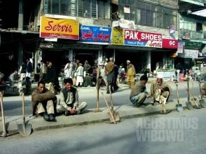 1pic1day-131111-pakistan