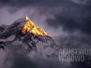 1pic1day-131213-nepal