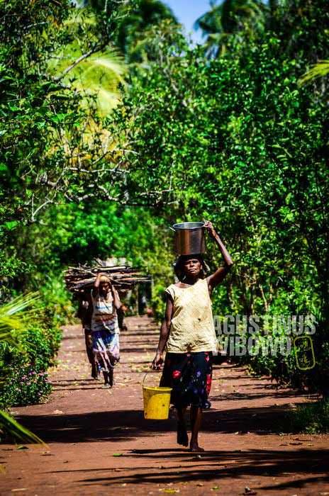 Tais adalah salah satu tempat favorit persinggahan para pedagang ilegal dari Indonesia (AGUSTINUS WIBOWO)