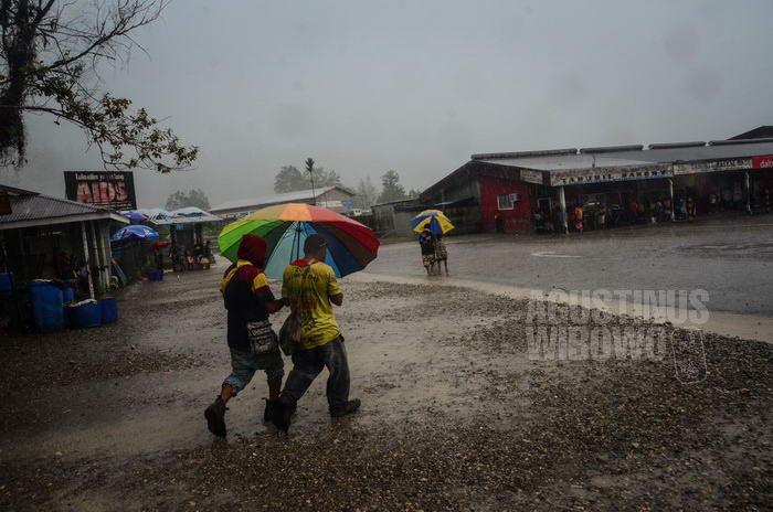Tabubil dikenal sebagai kota hujan
