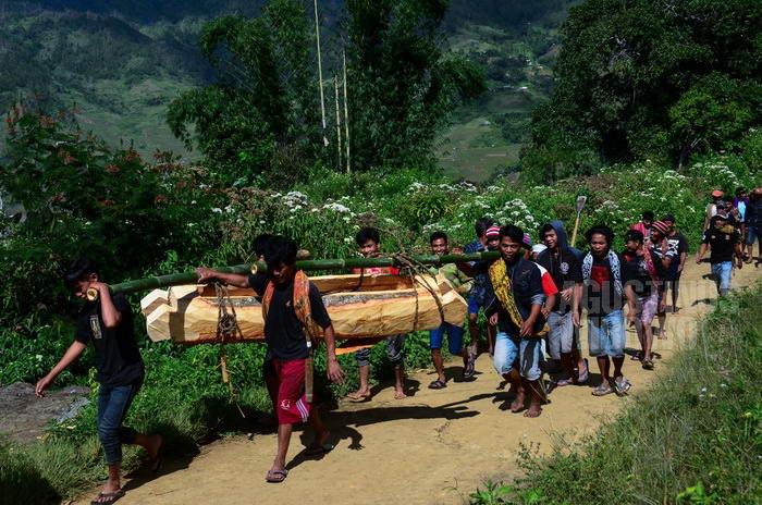 170405-toraja-simbuang-funeral-aluk-3
