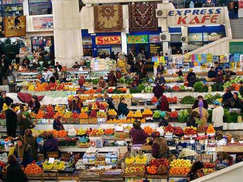 Pasar Ashgabat. (AGUSTINUS WIBOWO)