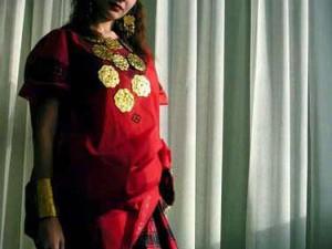 Gadis Rusia dengan baju bodo (AGUSTINUS WIBOWO)