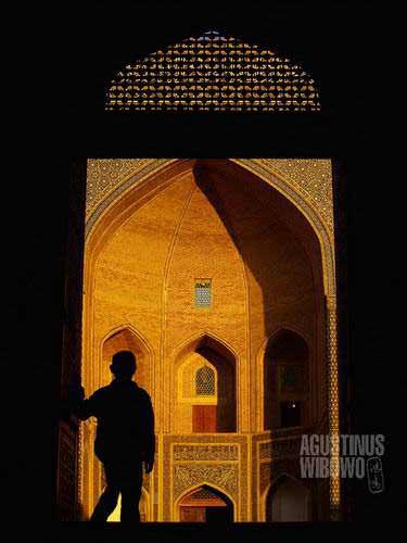 Senja di Masjid Kalon (AGUSTINUS WIBOWO)