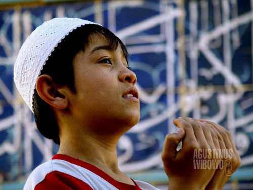 Seorang bocah dari Bukhara (AGUSTINUS WIBOWO)