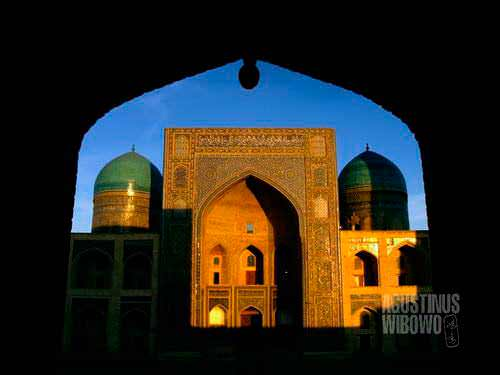 Madrasah Mir-e-Arab (AGUSTINUS WIBOWO)