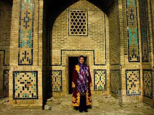 Nenek Tajik dari Bukhara. (AGUSTINUS WIBOWO)