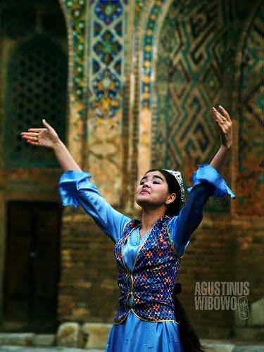 Gadis penari dari Samarkand. (AGUSTINUS WIBOWO)