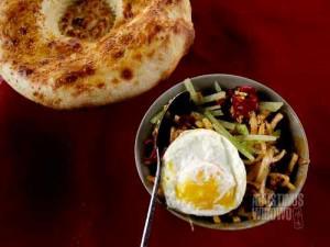 Kovurma laghman, mie goreng yang menjadi santapan saya bersama Halimjon di Ferghana (AGUSTINUS WIBOWO)