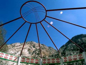 Qadamjoy dan semangat Kirghizia-nya (AGUSTINUS WIBOWO)