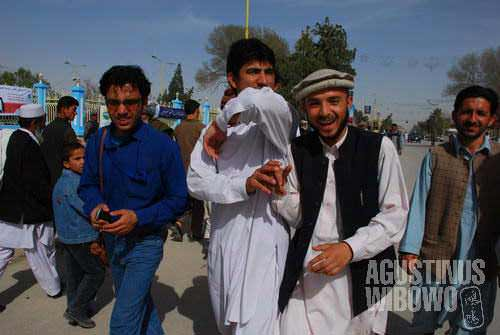 Pashtun guys having fun in Mazar