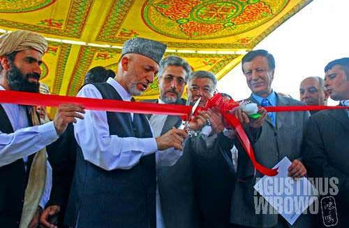 Karzai and his ministers