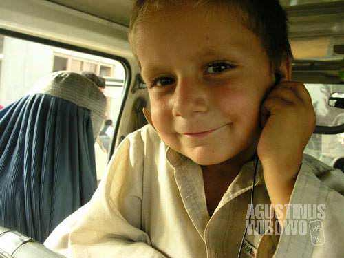 On a painful journey through mountains to Badakhshan