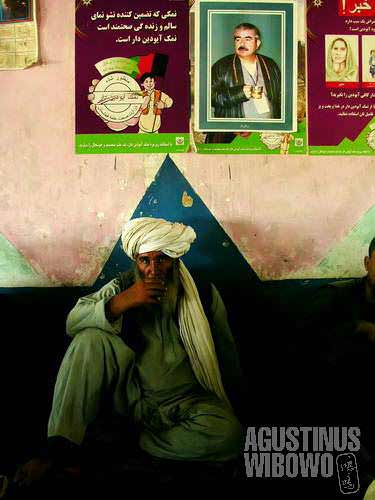 Dostum posters are everywhere here