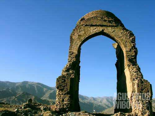 The ruin of a mausoleum in Chisht-o-Sharif. Chisht-o-Sharif is one of Afghan numerous historical sites, as well as a pilgrimage site. The mausoleum of Chishti, the holy man who introduced Islam as far as India, is located in this village.