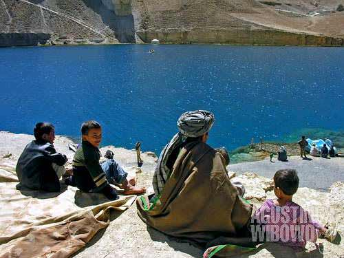 Pilgrims come to the holy lake of Band-e-Haibat, one of the majestic Band-e-Amir lakes. Hazrat Ali (Ali bin Abi Thalib, the fourth Caliph and the first Imam of the Shiites) is belived to have stood there, and a little temple is built for him. The pilgrims, mostly Shiites, believe that if they dip in the freezingly cold water, all of their diseases will be healed and sins will be forgiven.
