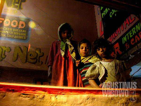 Beggar girls of Rawalpindi