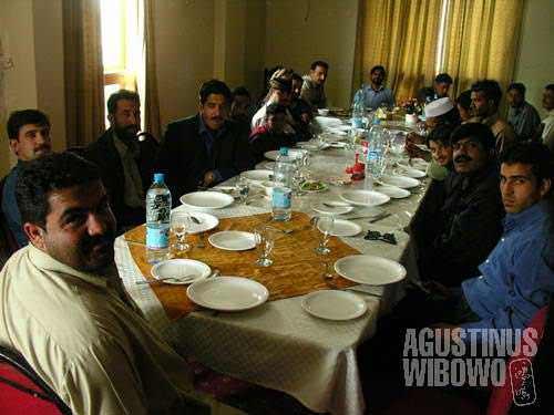 A lavish farewell party in a 'hotel' (aka restaurant) in Muzaffarabad