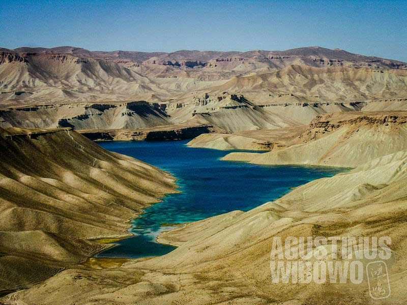 1.Danau mukjizat (AGUSTINUS WIBOWO)