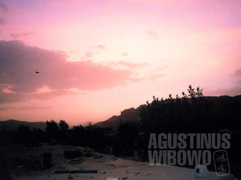 Senja merah di Bamiyan (AGUSTINUS WIBOWO)