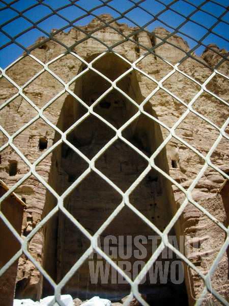 Turis tidak boleh lagi sembarangan memasuki area bersejarah ini. (AGUSTINUS WIBOWO)