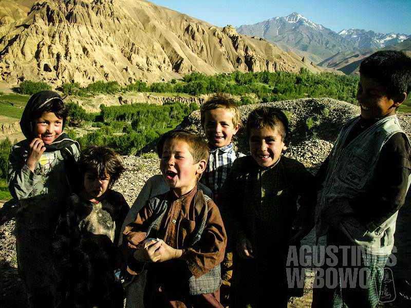 """Bocah-bocah Hazara, yang oleh Sabur disebut sebagai """"orang-orang berbahaya"""". (AGUSTINUS WIBOWO)"""