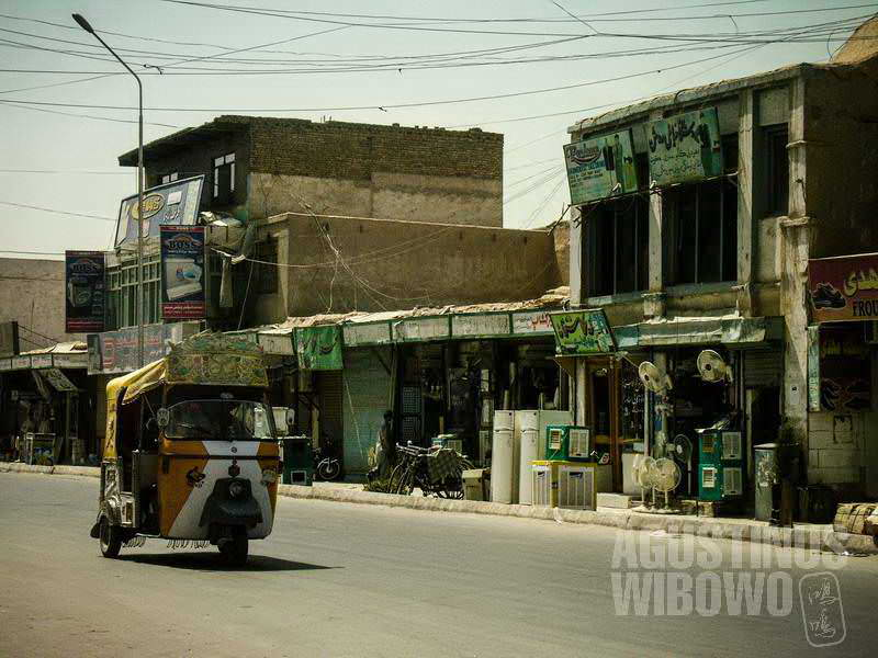 5.Jalanan sempat lengang pasca penembakan (AGUSTINUS WIBOWO)