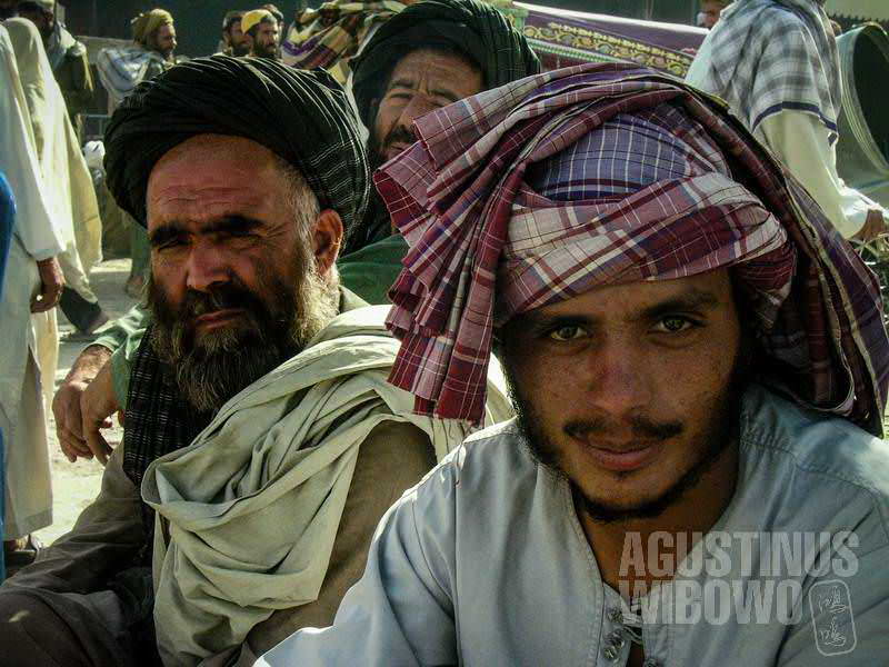 8.Para lelaki Kandahar (AGUSTINUS WIBOWO)