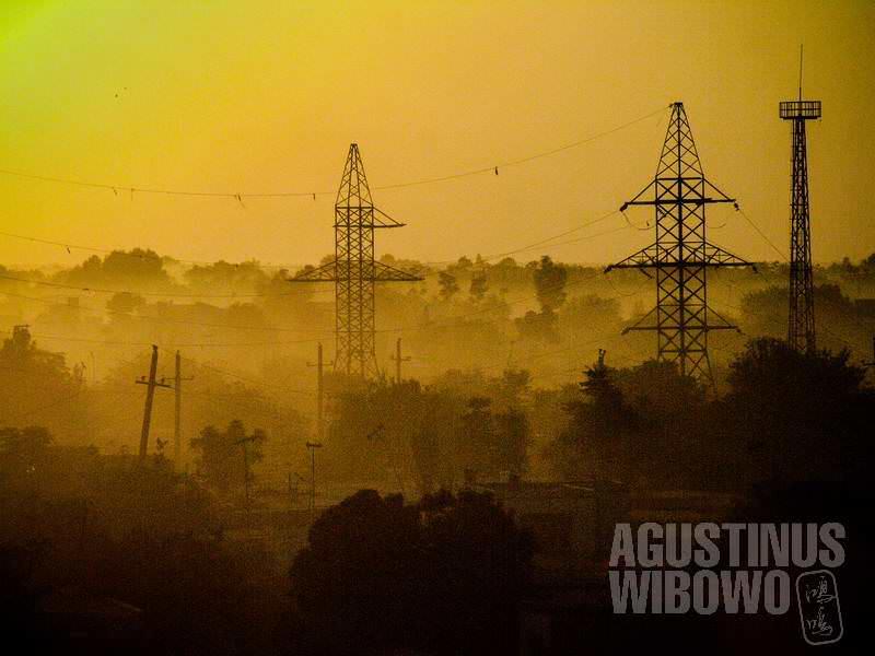 4.Kunduz termasuk sedikit kota di Afghanistan yang diberkahi jaringan listrik (AGUSTINUS WIBOWO)