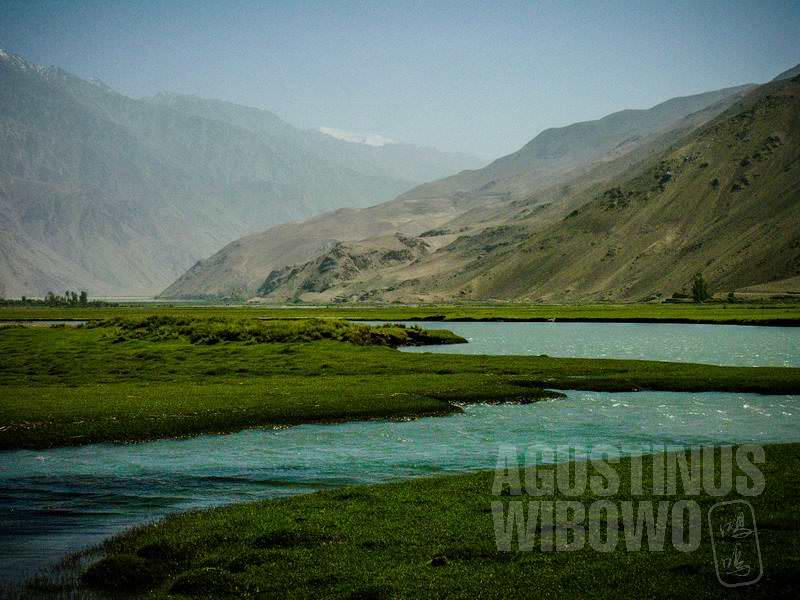 5.Pemandangan daerah utara Afghanistan lebih mirip Asia Tengah (AGUSTINUS WIBOWO)