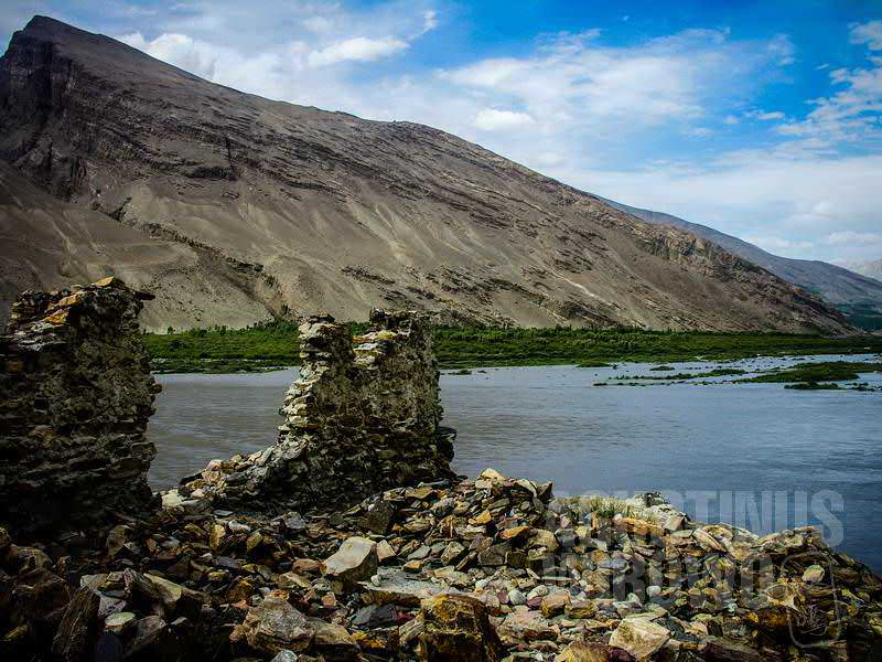 1.Di seberang sungai sana adalah Tajikistan (AGUSTINUS WIBOWO)
