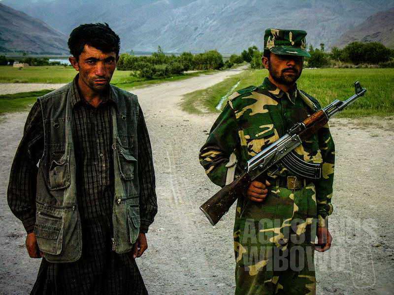 6.Para tentara perbatasan di Qala Panja (AGUSTINUS WIBOWO)