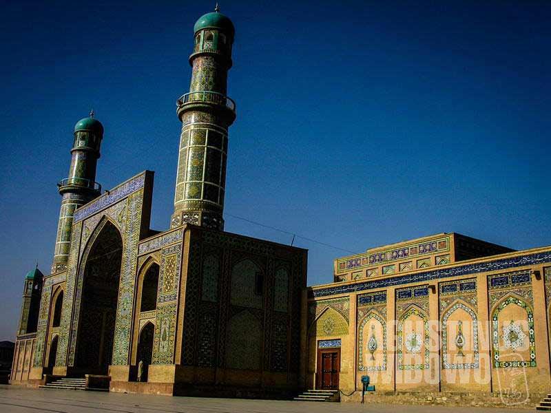 2.Herat adalah kota yang religius, dengan peninggalan masjid berusia 800 tahun (AGUSTINUS WIBOWO)
