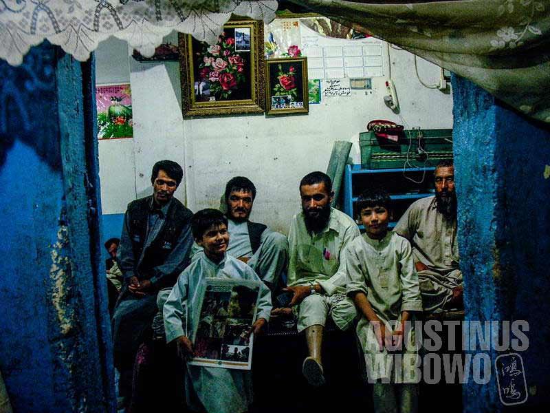 4.Keluarga Uzbek membuka warung dan penginapan di Herat (AGUSTINUS WIBOWO)