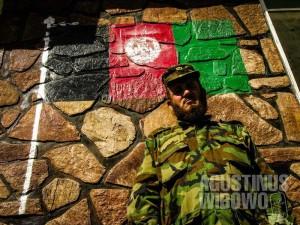 4.Komandan militer (AGUSTINUS WIBOWO)