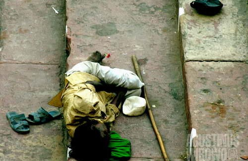 Kemiskinan menjadi pemandangan pertama dari kota tua. (AGUSTINUS WIBOWO)
