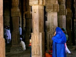 Adhai Din ke Jhonpra. (AGUSTINUS WIBOWO)