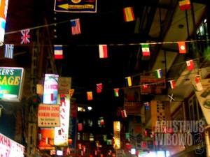 Thamel meriah menyambut Hari Turisme Dunia. (AGUSTINUS WIBOWO)