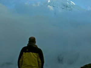 Siapa yang tak terpukau oleh kedahsyatan gunung-gunung salju ini? (AGUSTINUS WIBOWO)