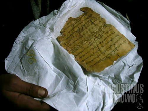 Transkrip kuno yang menunjukkan bahwa umat Budha dulu pernah tinggal di sini (AGUSTINUS WIBOWO)