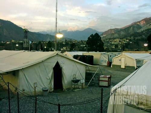 Barisan tenda PBB (AGUSTINUS WIBOWO)